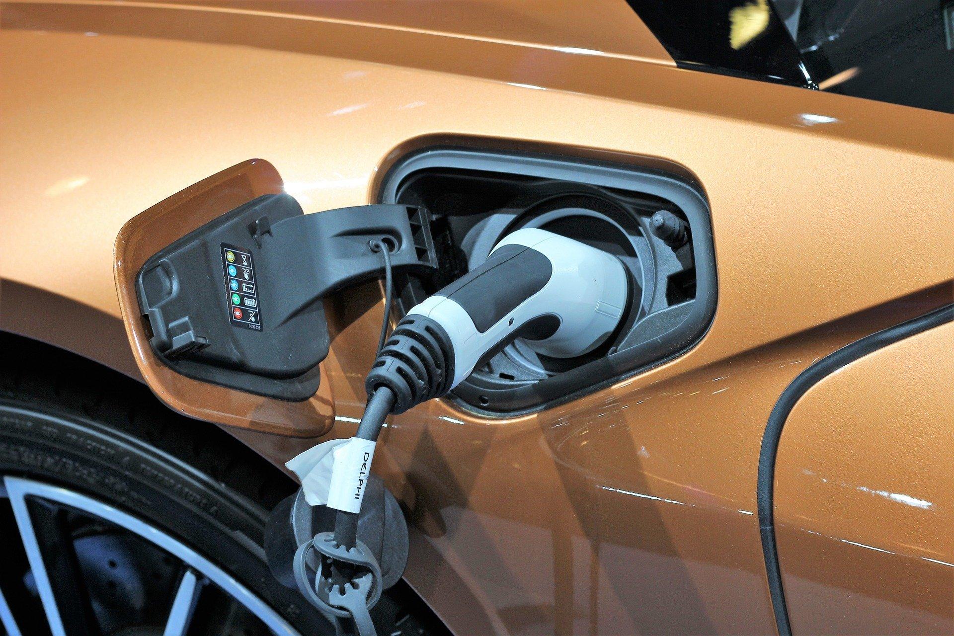 Prise pour recharger sa voiture électrique