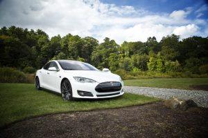 Voiture électrique neuve Tesla
